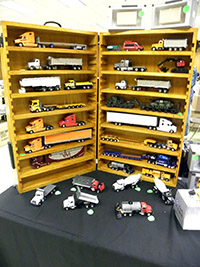 Construction Truck Scale Model Toy Show IMCATS-2012-064-s