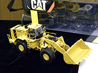 Construction Truck Scale Model Toy Show IMCATS-2013-102-s